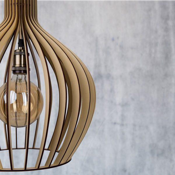 Lustre din lemn handmade 100% produsa in Romania. Alege dintr-o gama variata de lustre de lemn fabricate in Romania