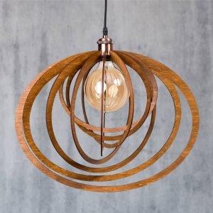 Lustra din lemn handmade 100% produsa in Romania. Alege dintr-o gama variata de lustre din lemn rustice