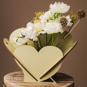 Cutie pentru flori in forma de inima - Alege dintr-o gama larga de cuti de cadou, cuti de cadouri, cutii de lemn, cutie pt cadou, cutii handmade, cutie flori handmade
