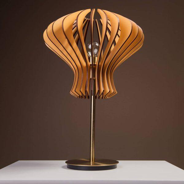 Lampa maro din lemn pentru noptiera 100% produsa in Romania