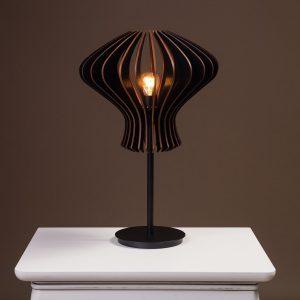 Lampa neagra birou handmade cu bec 100% produsa in Romania