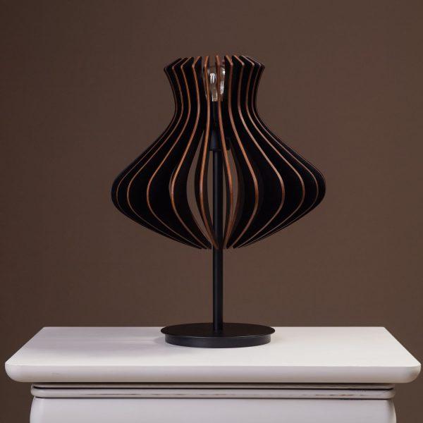 Lampa neagra birou handmade 100% produsa in Romania