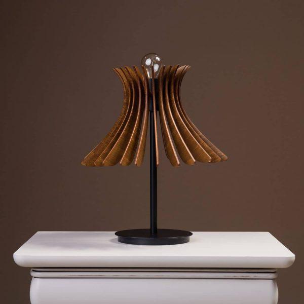 Lampa birou nuc 100% produsa in Romania handmade