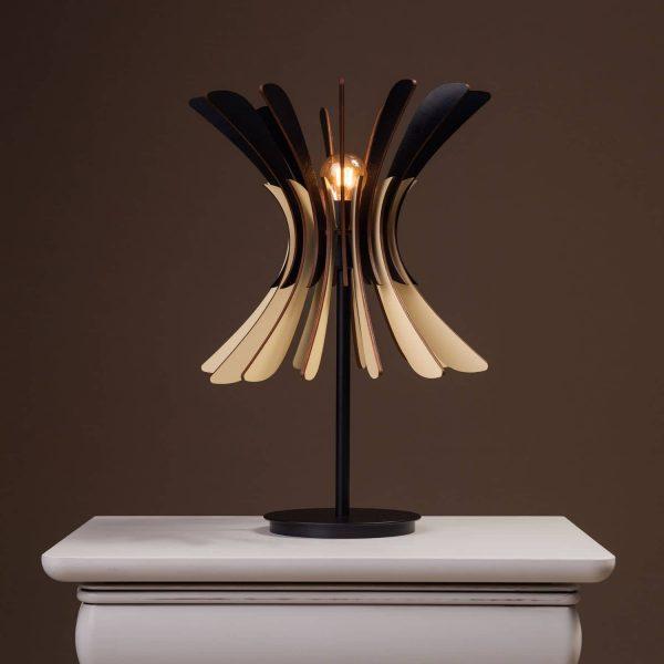 Lampa pentru noptiera negru - crem 100% produsa in Romania handmade